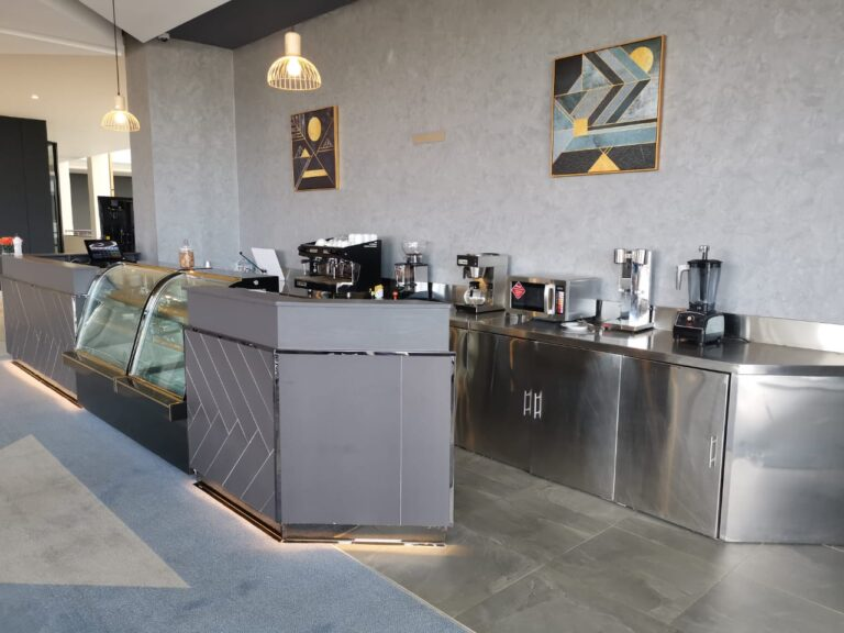 EKA Eldoret Bar and Coffee Shop 09